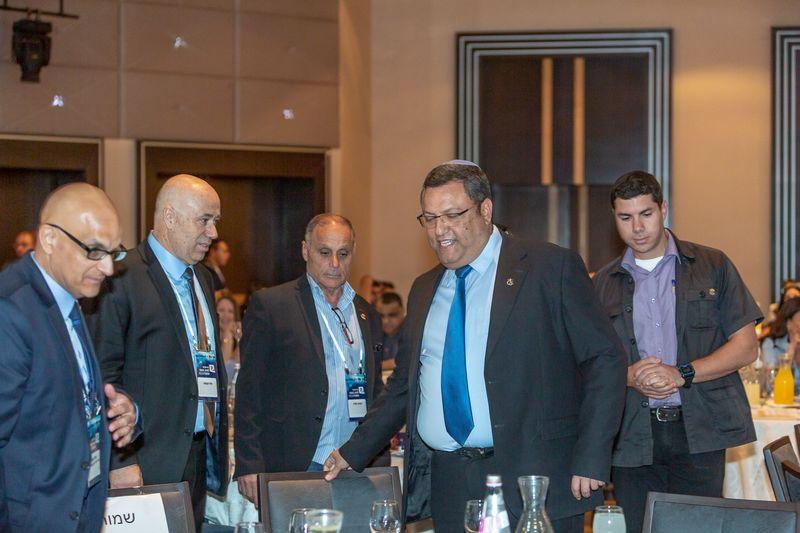 ראש העיר משה ליאון בכנס ירושלים לעסקים -ייזום והפקה מסר אחד בהנהלת פיני קבסה